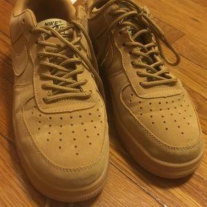 Nike Air Force 1 Tan